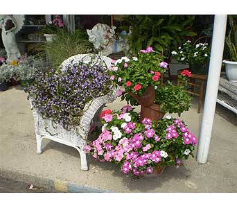 Outdoor Garden in Hanover PA, Country Manor Florist