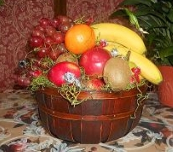 Fruit Basket in Mount Vernon OH, Williams Flower Shop