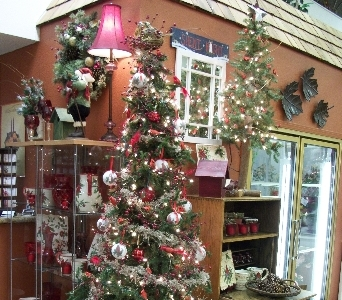 Country Living Florist Holiday Decor 1 in Arcata CA, Country Living Florist & Fine Gifts
