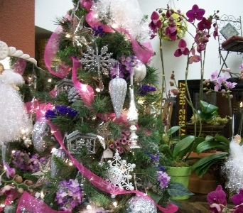 Country Living Florist Holiday Decor 2 in Arcata CA, Country Living Florist & Fine Gifts