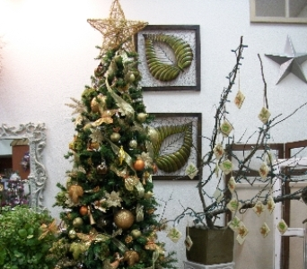 Country Living Florist Holiday Decor 3 in Arcata CA, Country Living Florist & Fine Gifts