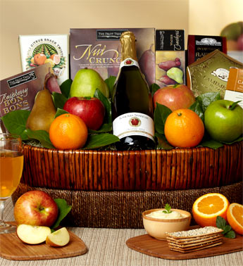 Classic Wine, Fruit & Gourmet Basket in Perrysburg & Toledo OH  OH, Ken's Flower Shops