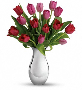 Teleflora's Sweet Surrender Bouquet in Austintown OH, Crystal Vase Florist