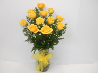 One dozen yellow Roses in Camden AR, Camden Flower Shop