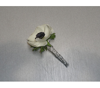 Anemone Boutonniere in Oklahoma City OK, New Leaf Floral Inc