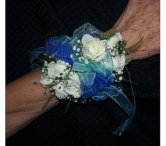 Wrist Corsage in Voorhees NJ, Nature's Gift Flower Shop