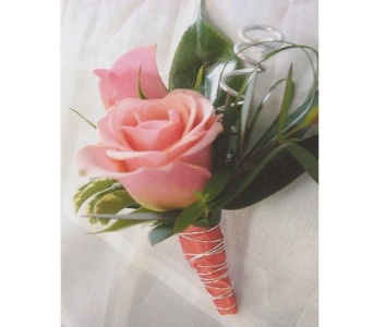 Mini Roses Boutonniere in West Bloomfield MI, Happiness is...Flowers & Gifts