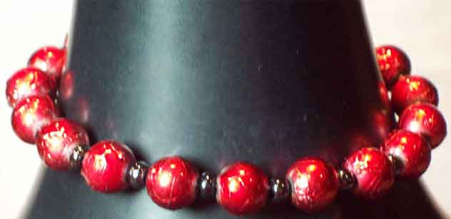 Crimson & Black Beaded Bracelet in Lawrence KS, Englewood Florist