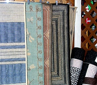 Scatter Rugs in Gardner MA, Valley Florist, Greenhouse & Gift Shop