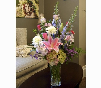 Signature Bouquets in Elk Grove CA, Flowers By Fairytales