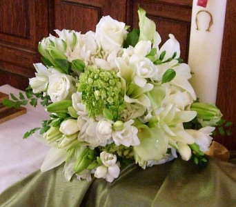 Bouquet in Whites in Nashville TN, The Bellevue Florist