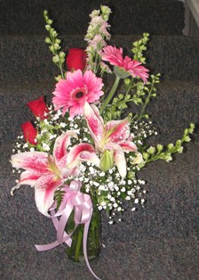 In The Pink Bouquet in Lake Charles LA, A Daisy A Day Flowers & Gifts, Inc.