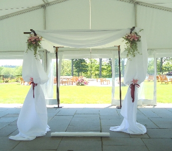 Full Huppah Display  in Saratoga Springs NY, Dehn's Flowers & Greenhouses, Inc