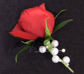 Single Rose Boutonniere in Blue Springs MO, Village Gardens