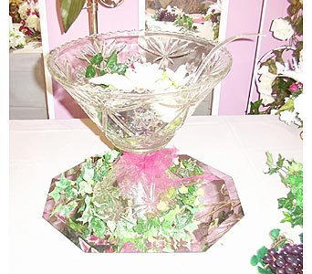 Glass Punch Bowl in Grand Island NE, Roses For You!