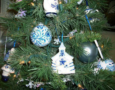 Holiday Ornaments in Arcata CA, Country Living Florist & Fine Gifts