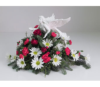 Angel of Winter in Indianapolis IN, Gillespie Florists