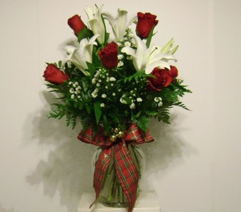 Tartan Tradition Vase in Herndon VA, Herndon Florist, Inc
