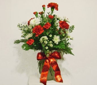 Holiday Bouquet in Herndon VA, Herndon Florist, Inc