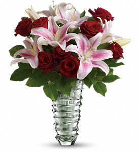 Teleflora's Melt My Heart  - Long Stemmed Roses in Chicago IL, The Flower Cottage