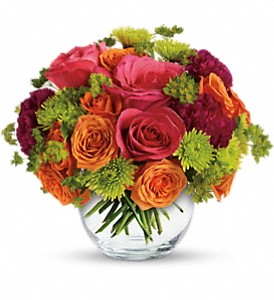 Teleflora's Smile for Me in Fredonia NY, Fresh & Fancy Flowers & Gifts