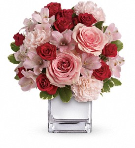 Teleflora's Love That Pink Bouquet with Roses in The Woodlands TX, Rainforest Flowers