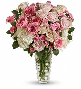 Luxe be a Lady by Teleflora in Des Moines IA, Doherty's Flowers