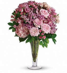 A La Mode Bouquet with Long Stemmed Roses in Wolfeboro Falls NH, Linda's Flowers & Plants