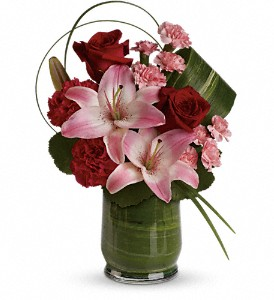 Delicate Dance in Detroit and St. Clair Shores MI, Conner Park Florist