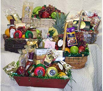Fruit and Gourmet baskets in Wintersville OH, Thompson Country Florist