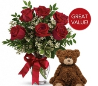Buds and Blooms Half Dozen Roses with Plush Bear in Auburn WA, Buds & Blooms