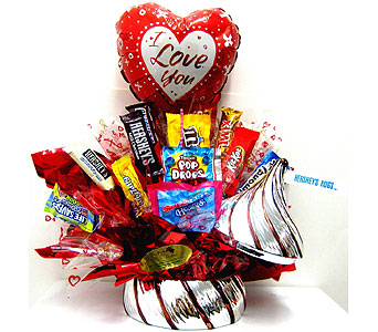 CB278  �Hershey�s Hugs� Candy Bouquet in Oklahoma City OK, Array of Flowers & Gifts