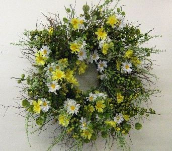 Daisy Wreath in Drexel Hill PA, Farrell's Florist