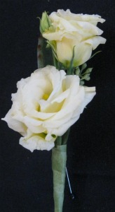 White Lisianthus in Farmington CT, Haworth's Flowers & Gifts, LLC.