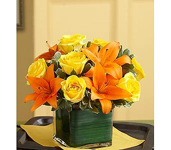 Fall Rose and Lily Bouquet in Palm Desert CA, Milan's Flowers & Gifts