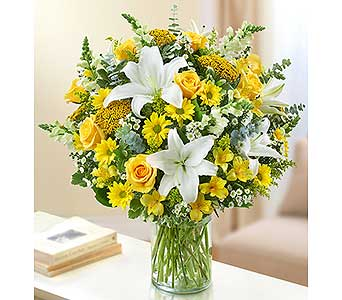 Ultimate Elegance - Yellow and White in Palm Desert CA, Milan's Flowers & Gifts