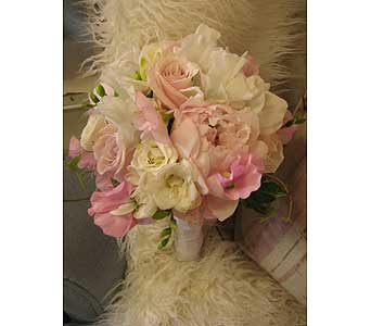 Communion-Sweet in Massapequa Park NY, Bayview Florist & Montage  1-800-800-7304