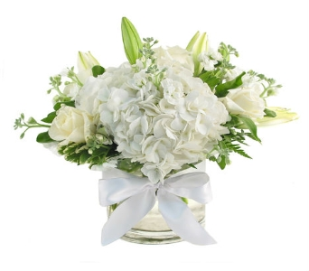 Wedding Cylinder Centerpiece (Metro-Detroit Area O in Southfield MI, Thrifty Florist
