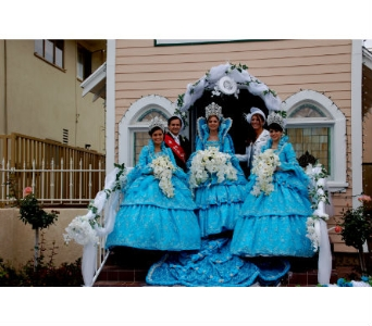 Festa 2009 Parade in San Diego CA, Flowers Of Point Loma