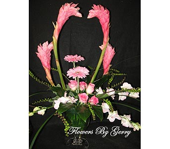 Ginger Kiss in Brentwood CA, Flowers By Gerry