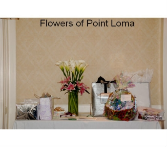 Gift Table in San Diego CA, Flowers Of Point Loma