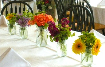 Centerpieces in Kennett Square PA, Barber's Florist Of Kennett Square