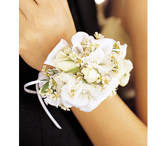 Mixed Whites Wristlet in Woodland Hills CA, Woodland Warner Flowers