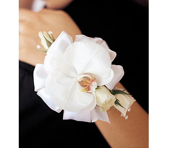 White Orchid and Roses Wristlet in Woodland Hills CA, Woodland Warner Flowers