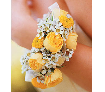 Sunshine and Roses Bracelet in Woodland Hills CA, Woodland Warner Flowers