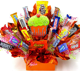 "CB289  ""Cupcake"" Candy & Cookie Bouquet in Oklahoma City OK, Array of Flowers & Gifts"