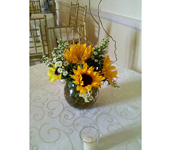 Cocktail Table Arrangement in Staten Island NY, Sam Gregorio's Florist