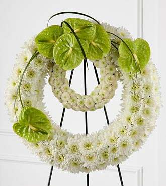 Wreath of Remembrance in Guelph ON, Patti's Flower Boutique