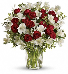 Endless Romance Bouquet in Austintown OH, Crystal Vase Florist