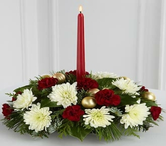 Light & Love Holiday Centerpiece in Altamonte Springs FL, Altamonte Springs Florist